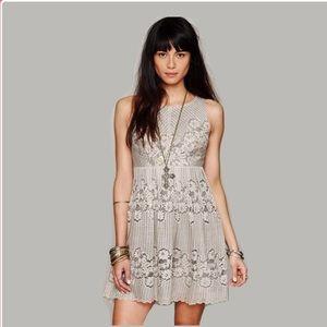 Free People beige stone rocco lace dress size 6